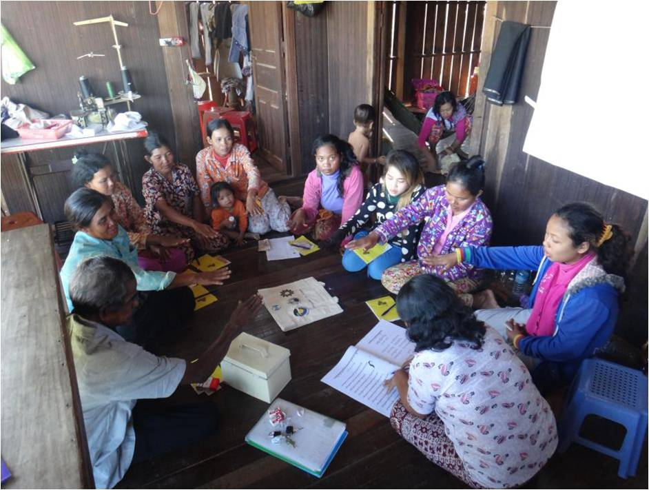 Monthly meeting of SHG, Kratie