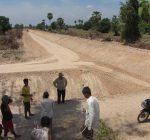 Commune council members of Koh Khnhear participating in evaluating the canal quality